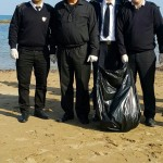 Alagadi Plajında Gönüllü Olarak Çöp Toplama Etkinliğinden Kareler